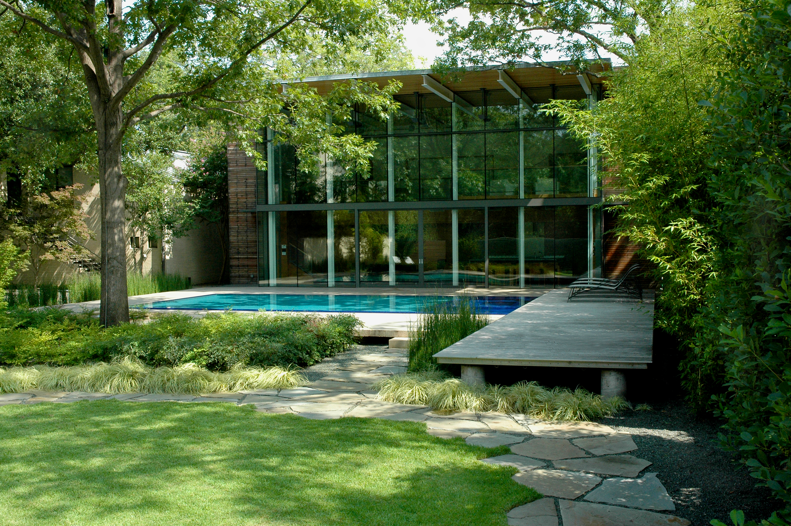 Asla 2010 professional awards the pool house for Landscape design usa