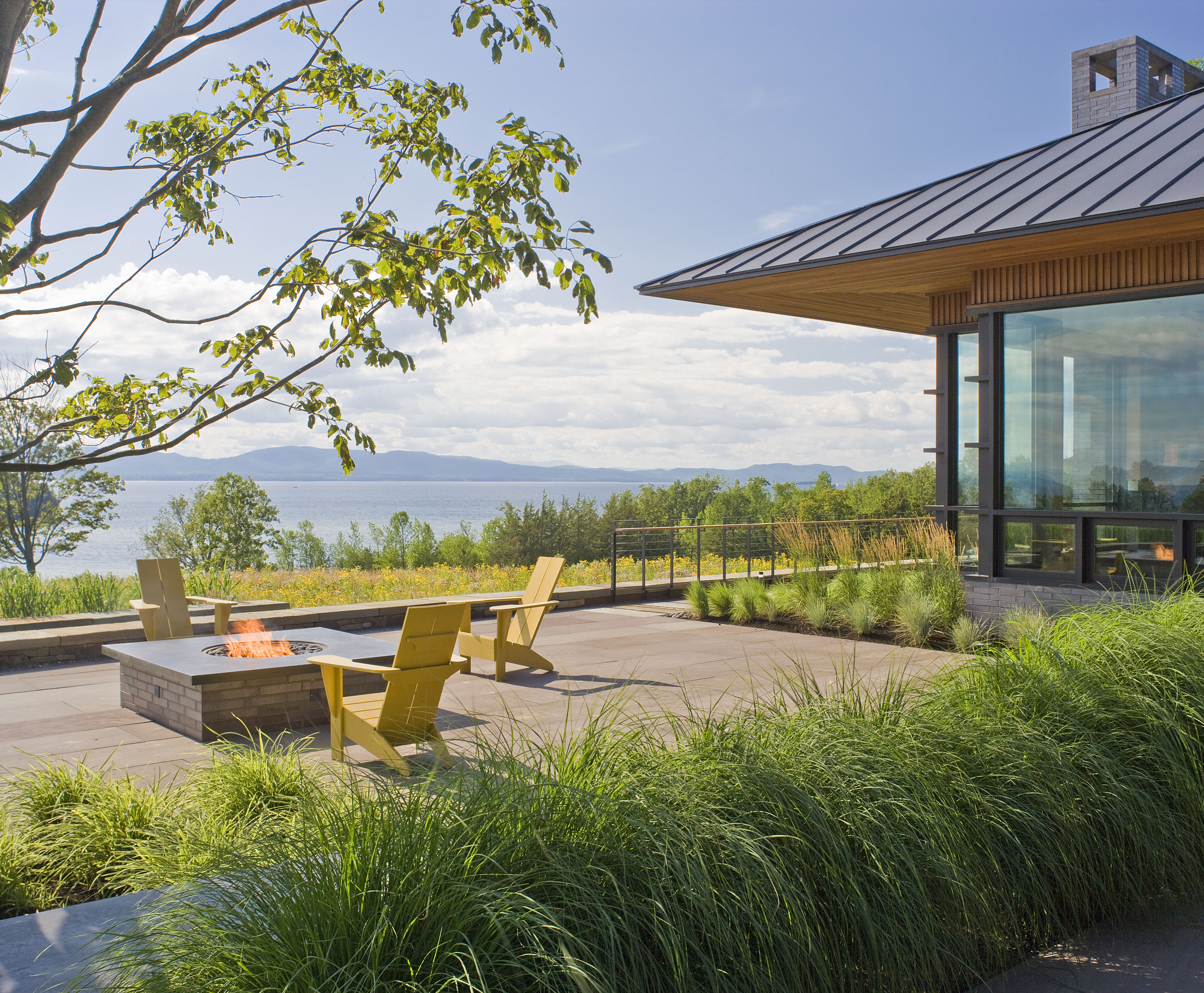 Asla 2012 professional awards quaker smith point residence for Best modern residential architects