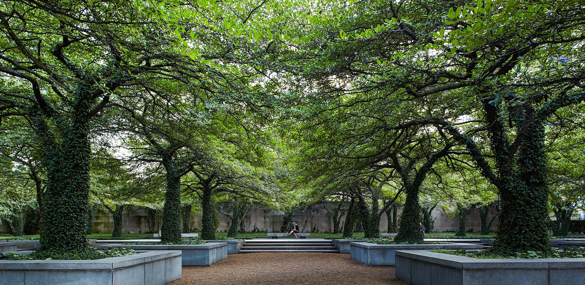 The Art Institute Of Chicago South Garden By Dan Kiley