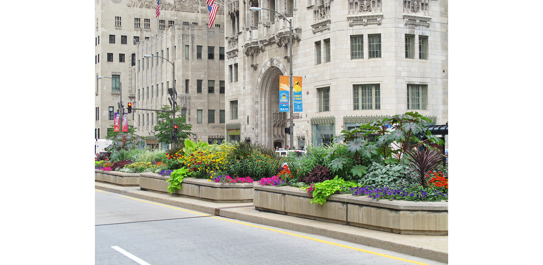 The Westin Michigan Avenue Chicago is on the Magnificent Mile across from Bloomingdale's and the upscale shops of Water Tower Place. The exhilarating excitement of Chicago is at our doorstep or enjoy Lake Michigan at Oak Street Beach/5().