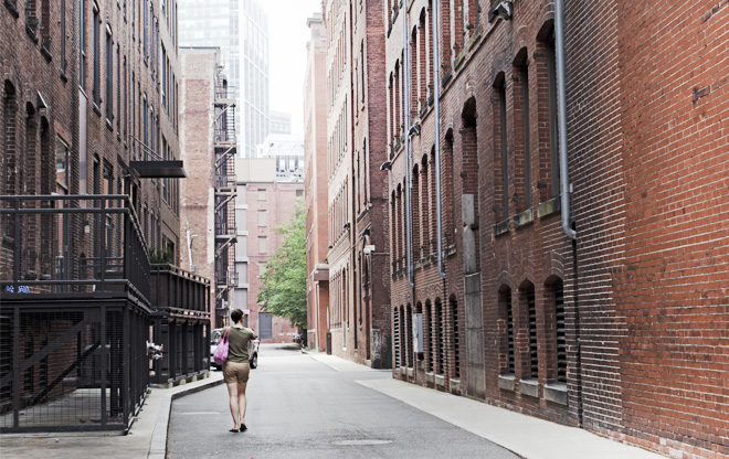 Alley Between Thomson Place and Farnsworth Street